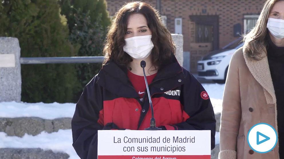 Ayuso reclama a Sánchez que negocie con Pfizer y la UE para que lleguen más vacunas lo antes posible