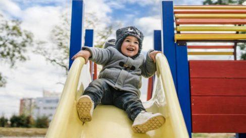 Todo lo que podemos hacer para proteger a los niños del frío