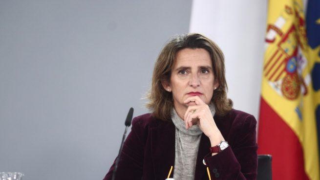 Ribera veta a los eléctricos de ocasión de las nuevas ayudas del Gobierno pese a triplicar sus ventas