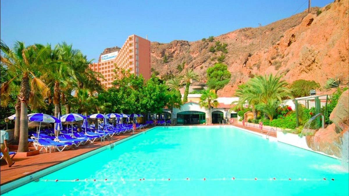 Diverhotel Odyssey Aguadulce en Enix, Almería.