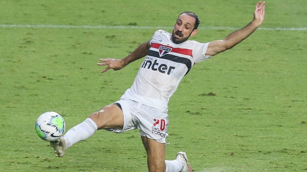 Juanfran Torres durante un partido con el Sao Paulo. (Getty)