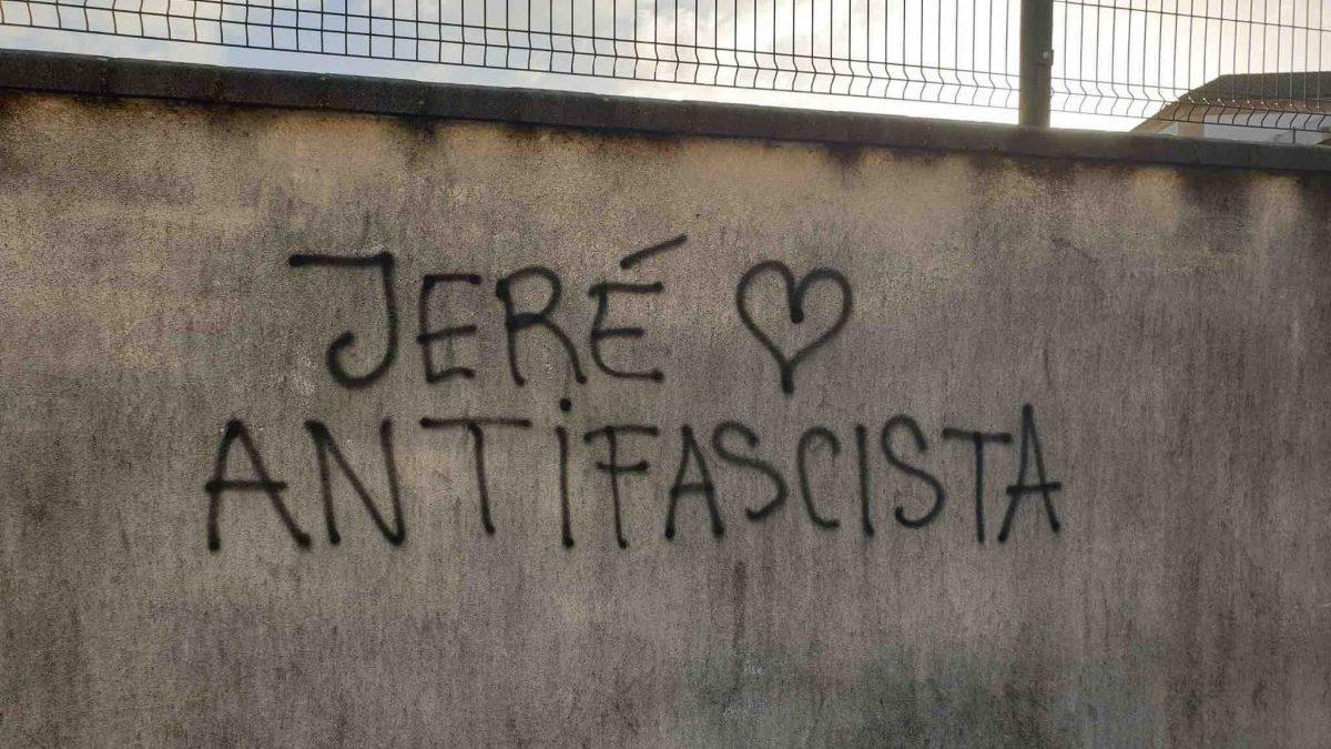 Pintada en Jerez celebrada por Anticapitalistas.