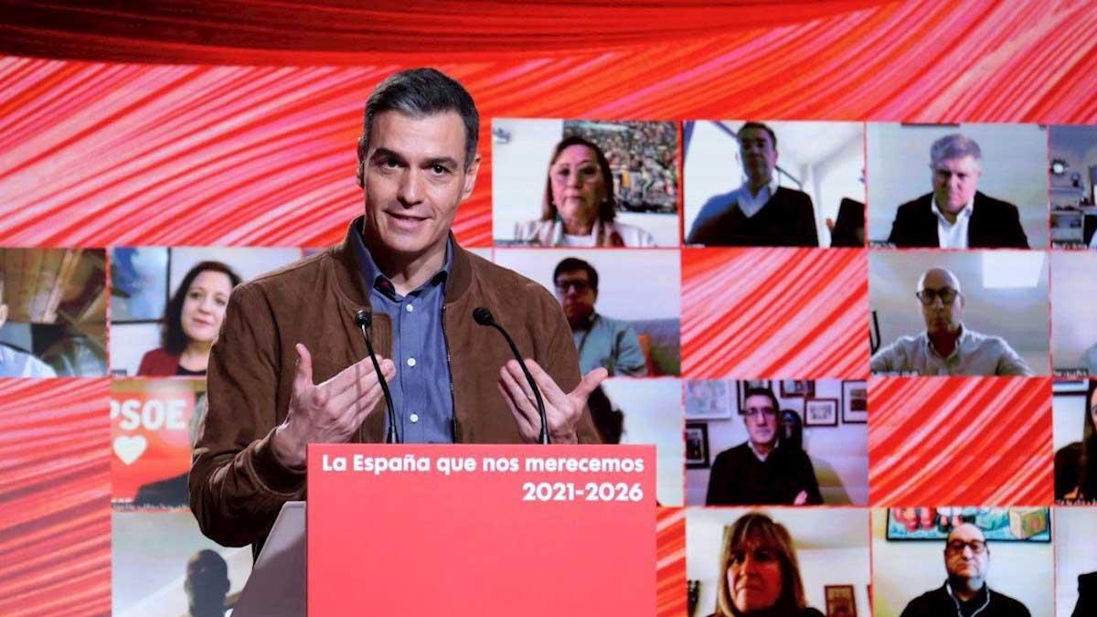 Pedro Sánchez en el comité federal del PSOE en Barcelona. Foto: EFE