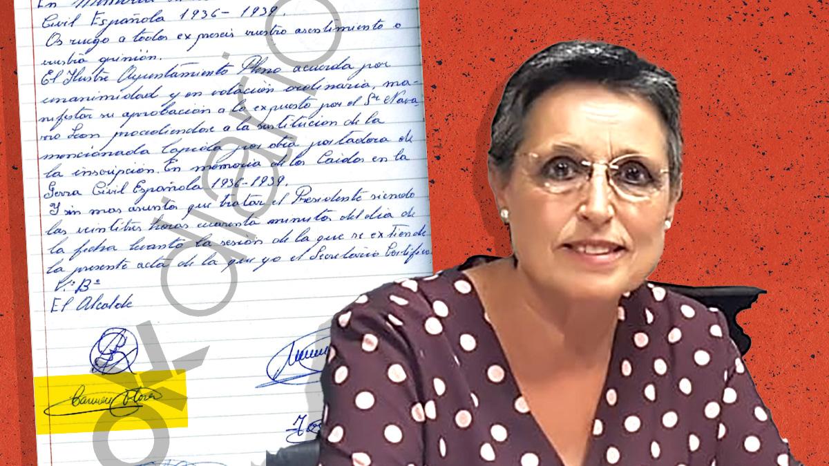La alcaldesa de Aguilar, Carmen Flores (IU), y el acta con su firma del Pleno que resignificó la Cruz a primeros de los 80.