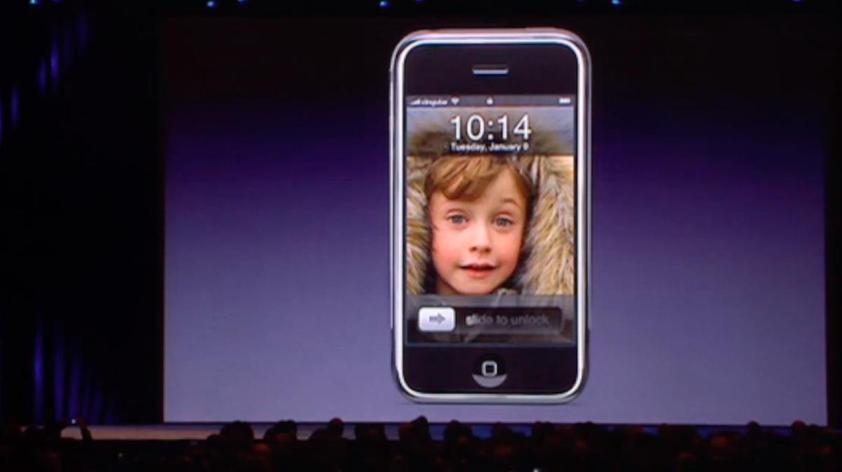 Nacimiento del iPhone