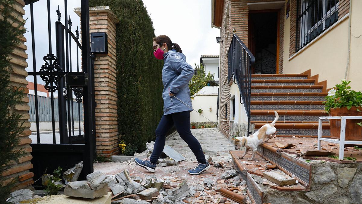 Destrozos causados en una vivienda tras el terremoto en Santa Fe (Álex Cámara – Europa Press).