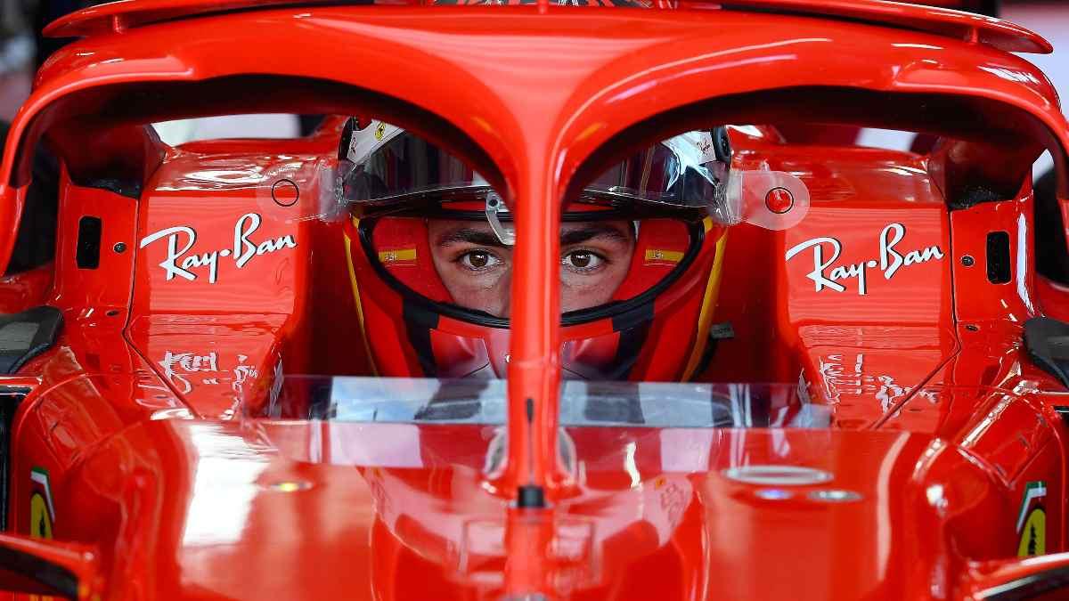 Imágenes del debut de Carlos Sainz con Ferrari. (@ScuderiaFerrari)