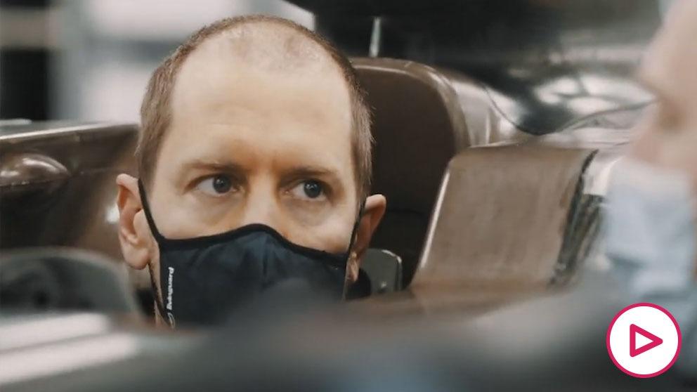 Vettel, montado en su Aston Martin.
