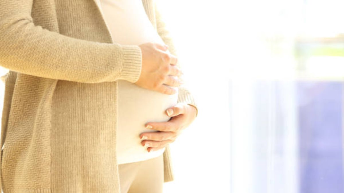 Cuándo se producen las primeras patadas en el embarazo