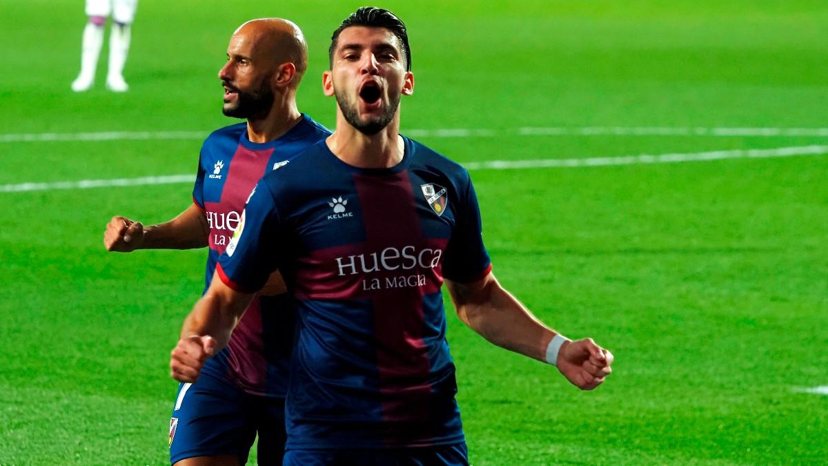 Rafa Mir celebra un tanto con el Huesca. (EFE)