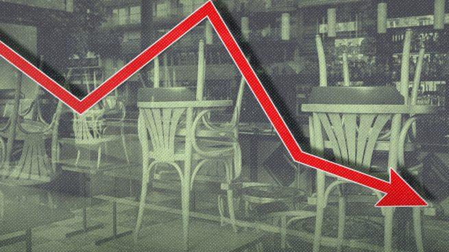 Las ventas del sector servicios moderan su caída anual al 12% en febrero y suman 12 meses de descensos