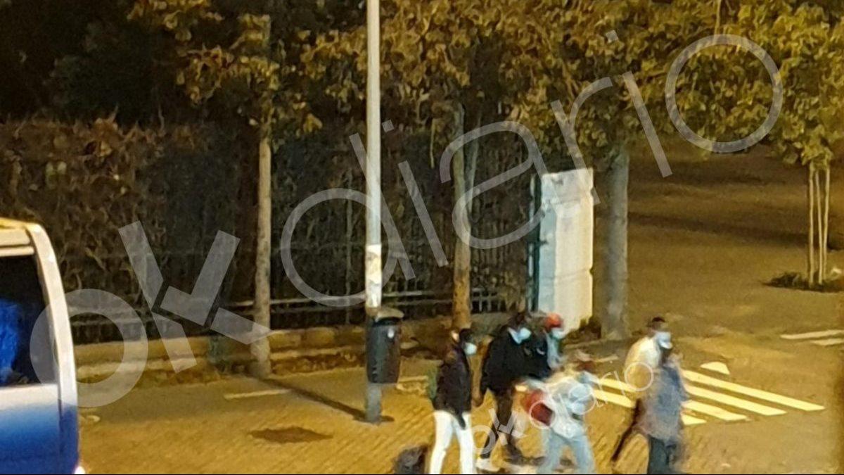 Los inmigrantes ilegales, ya sueltos por Sevilla.