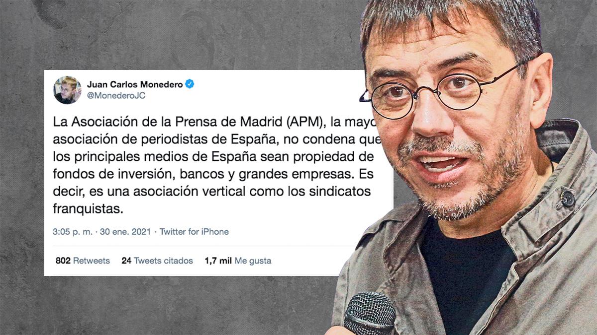 El fundador e ideólogo de Podemos Juan Carlos Monedero, junto al tuit que ha publicado.