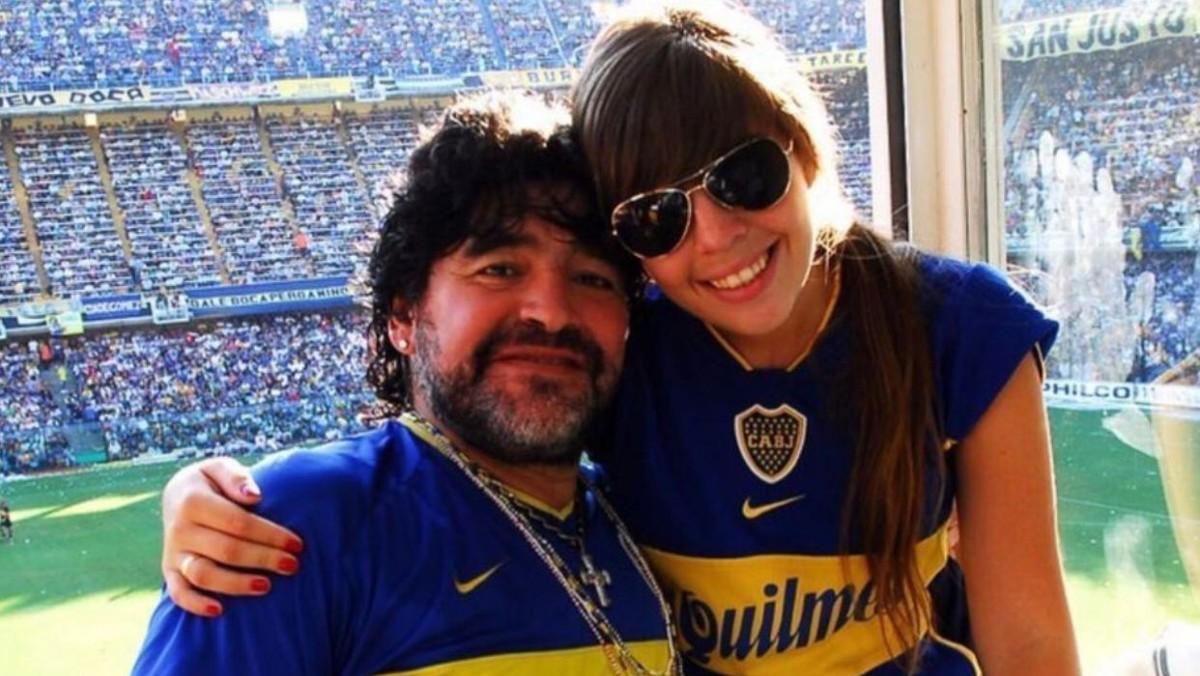 Diego Armando Maradona, con su hija Dalma.