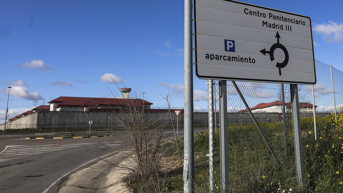 Entrada a la cárcel de Valdemoro (Madrid).