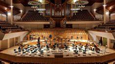 Éxito del primer concierto de músicaclásica en directo para los Oksocios- agotadas las invitaciones