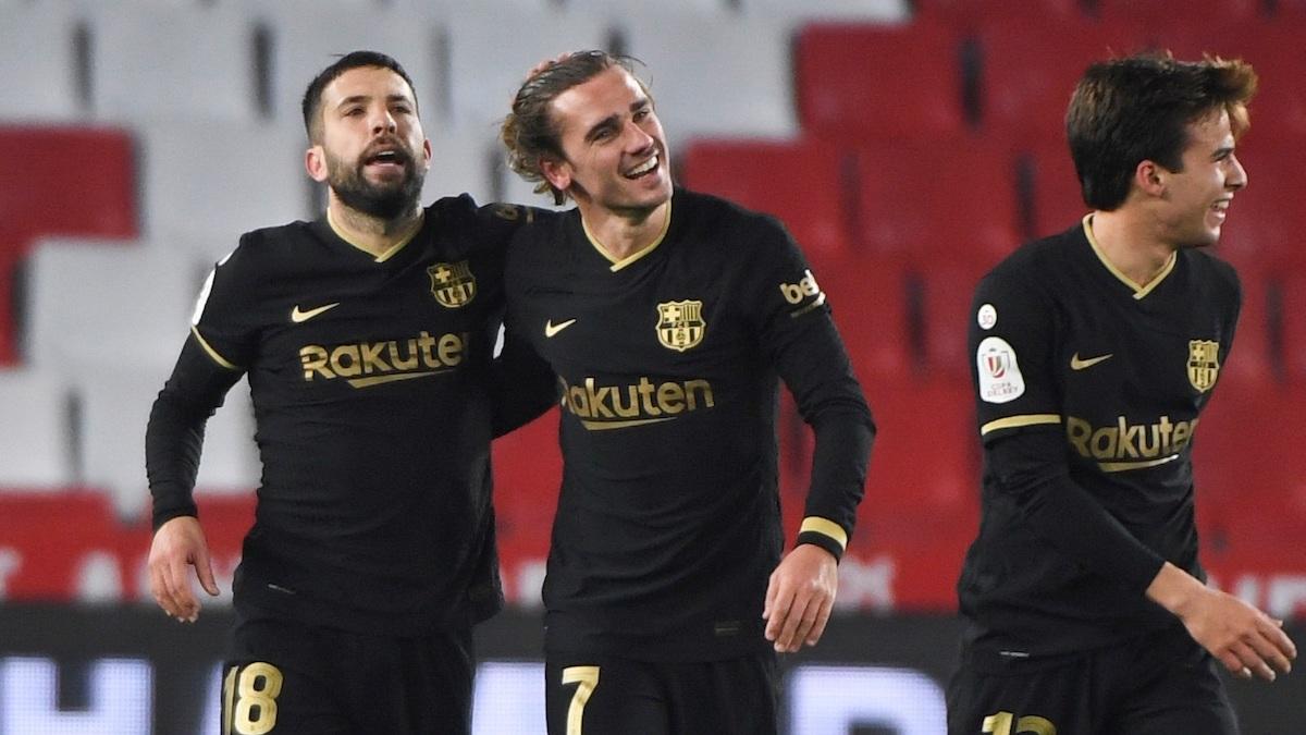 Antoine Griezmann celebra uno de sus goles ante el Granada en Copa del Rey. (EFE)