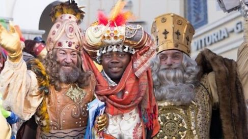 Los Reyes Magos en Vitoria. (Foto: Europa Press)
