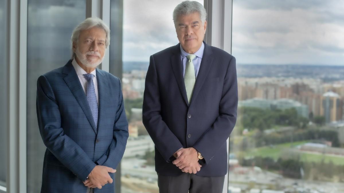 Luis Amodio y Mauricio Amodio, presidente y consejero dominical de OHL.