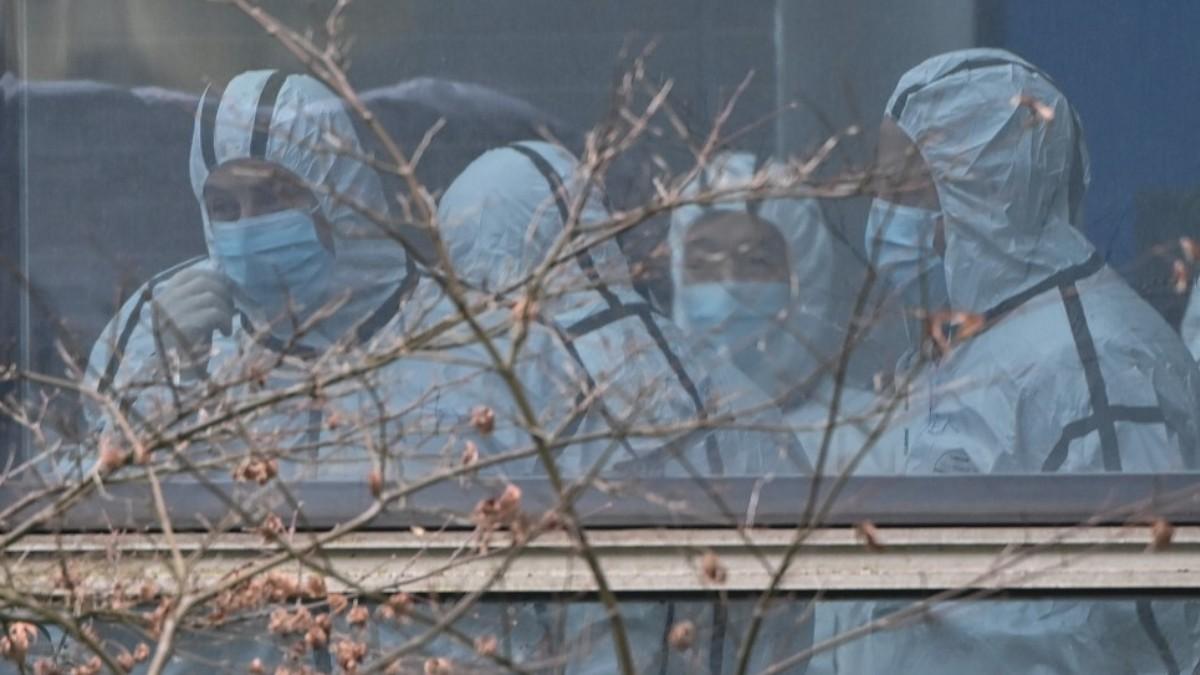 Científicos de la OMS en Wuhan investigando el origen de la pandemia de coronavirus que puesto en jaque al mundo entero. Foto: AFP