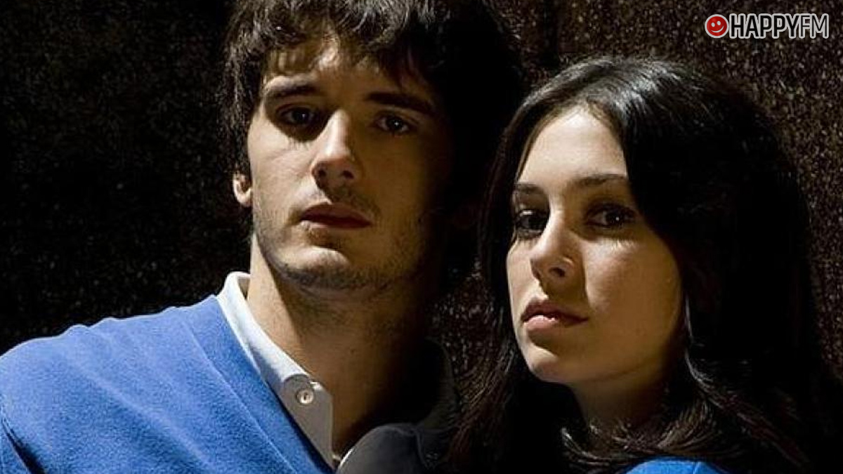 Blanca Suárez y Yon González en El Internado