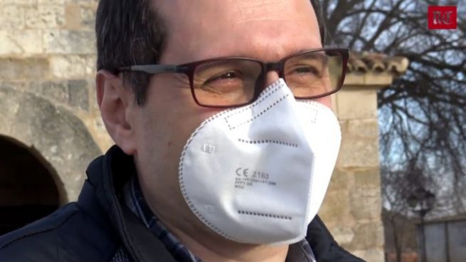 Mascarillas sin gomas: la invención de un palentino para evitar las gomillas