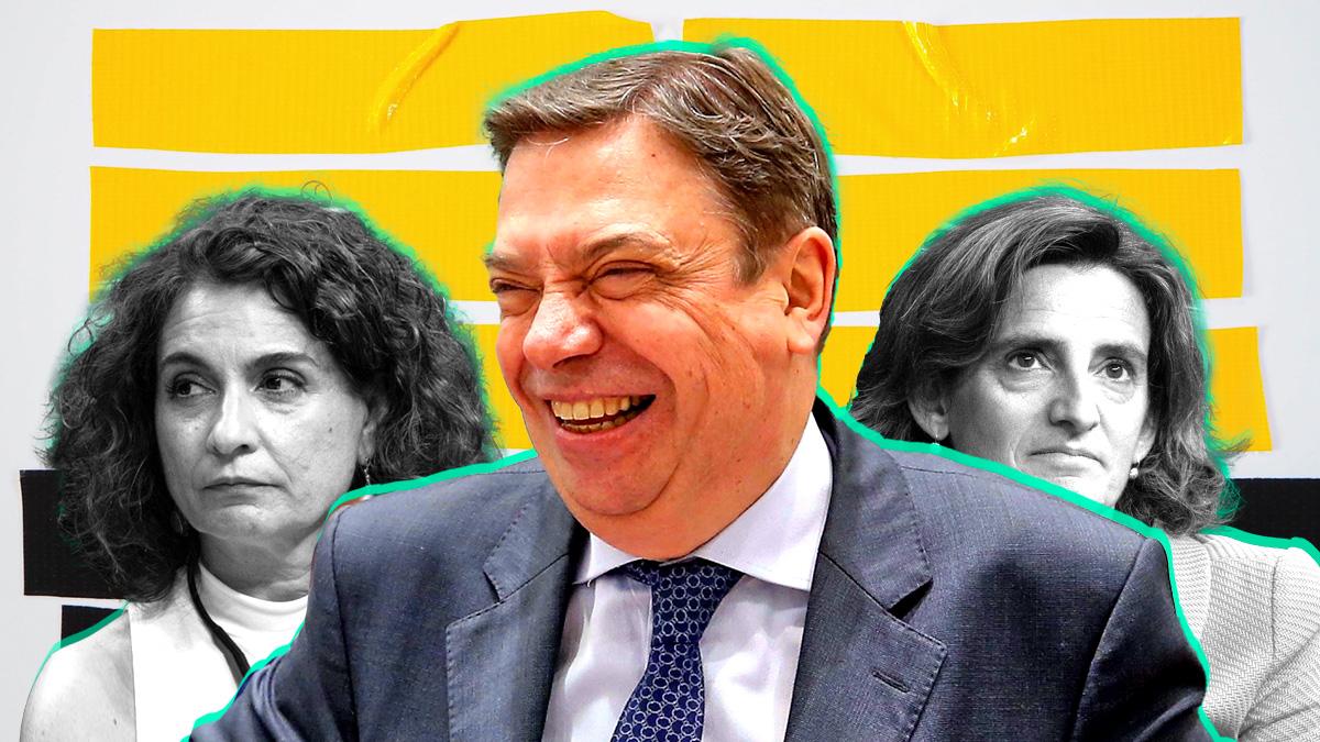 Las ministras María Jesús Montero (i) y Teresa Ribera y el ministro Luis Planas.