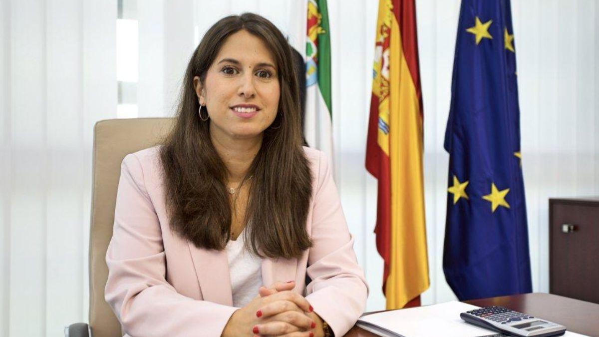 La directora general de Transportes de Extremadura, Eva Sánchez-Montero. (Foto: Junta de Extremadura)