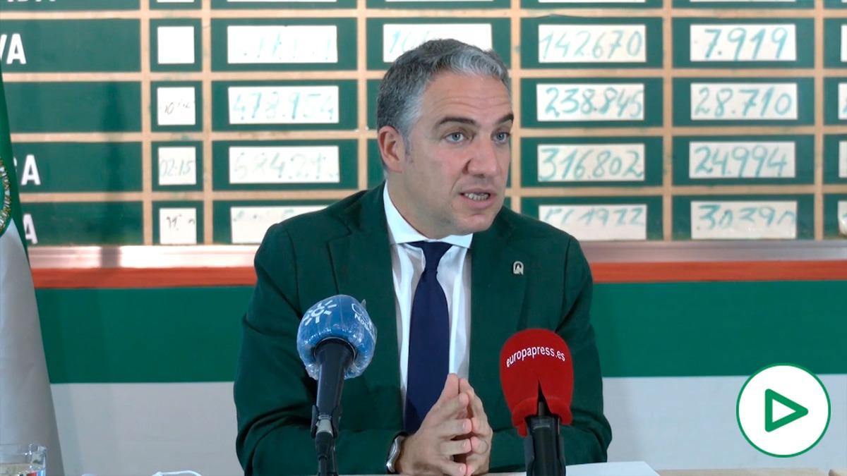 Elías Bendodo anuncia el acuerdo con el expresidente Rodríguez de la Borbolla.