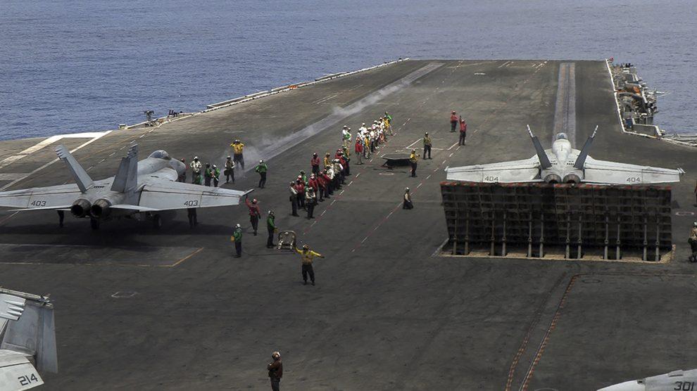 El Ronald Reagan es uno de los portaviones que EEUU tiene desplegados en el mar del sur de China.