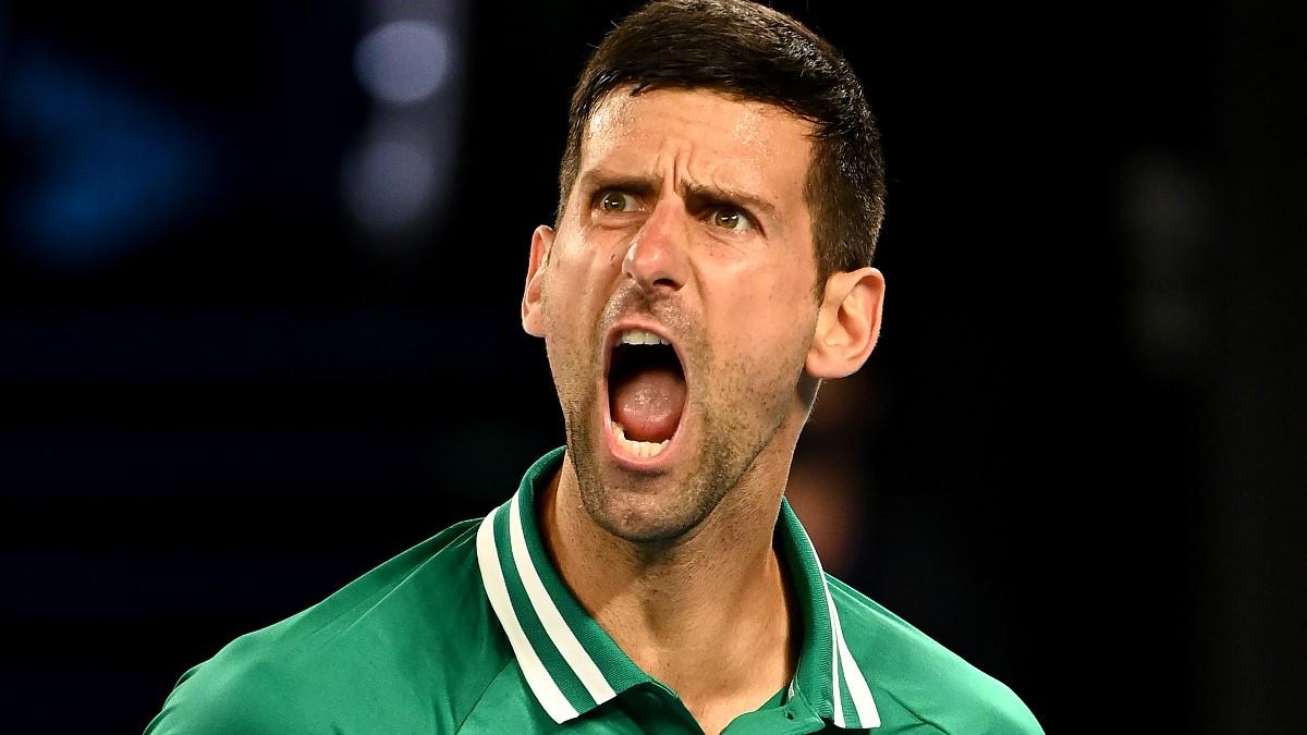 Novak Djokovic celebra su victoria ante Taylor Fritz. (Getty)