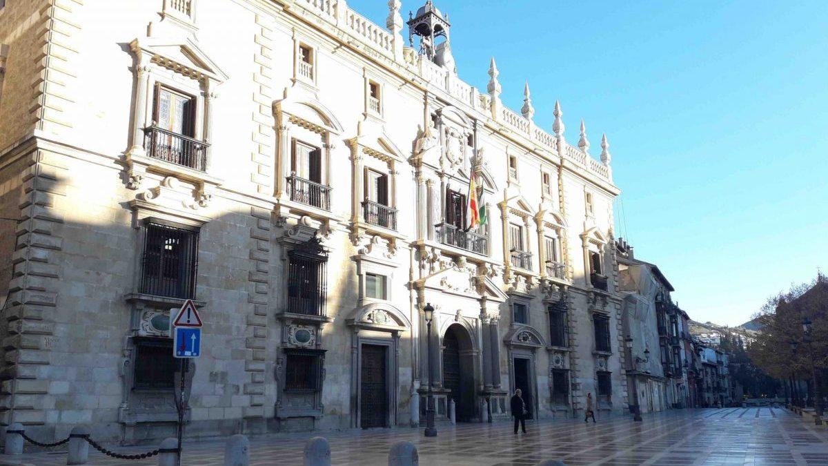 Condenado por abusar sexualmente de la hija de 11 años de su pareja y mostrarle pornografía en Almería