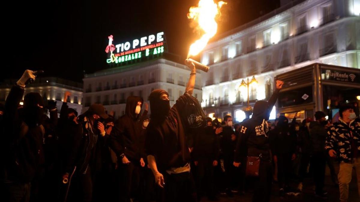 Violentos disturbios en la Puerta del Sol de Madrid por la detención de Pablo Hasél el pasado febrero.