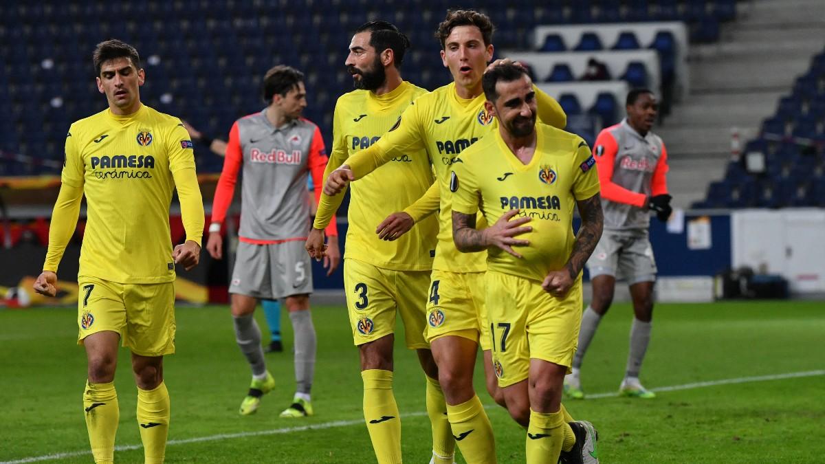 Paco Alcácer celebra uno de los goles del Villareal ante el Salzburgo (AFP).