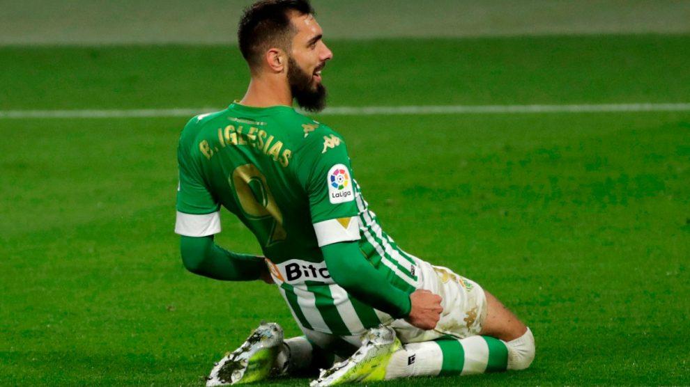 Borja Iglesias celebra un gol del Betis. (EFE)