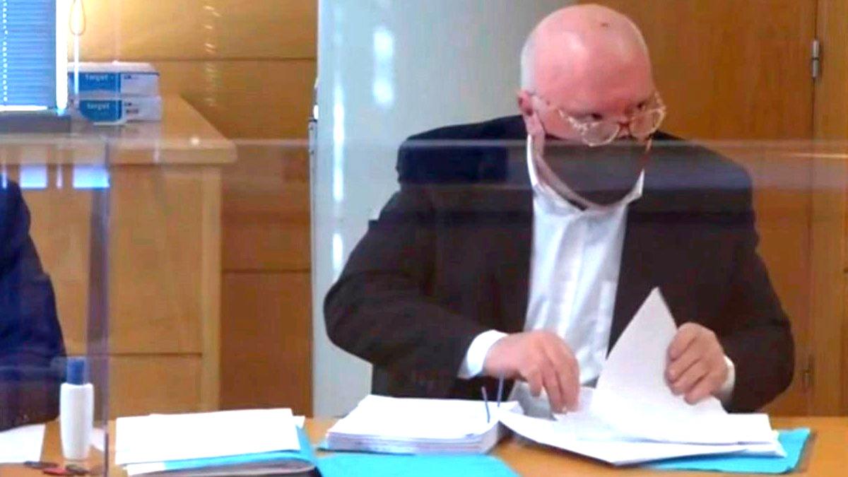 El ex comisario José Villarejo declara ante el juez por videoconferencia (Foto: TSJM).