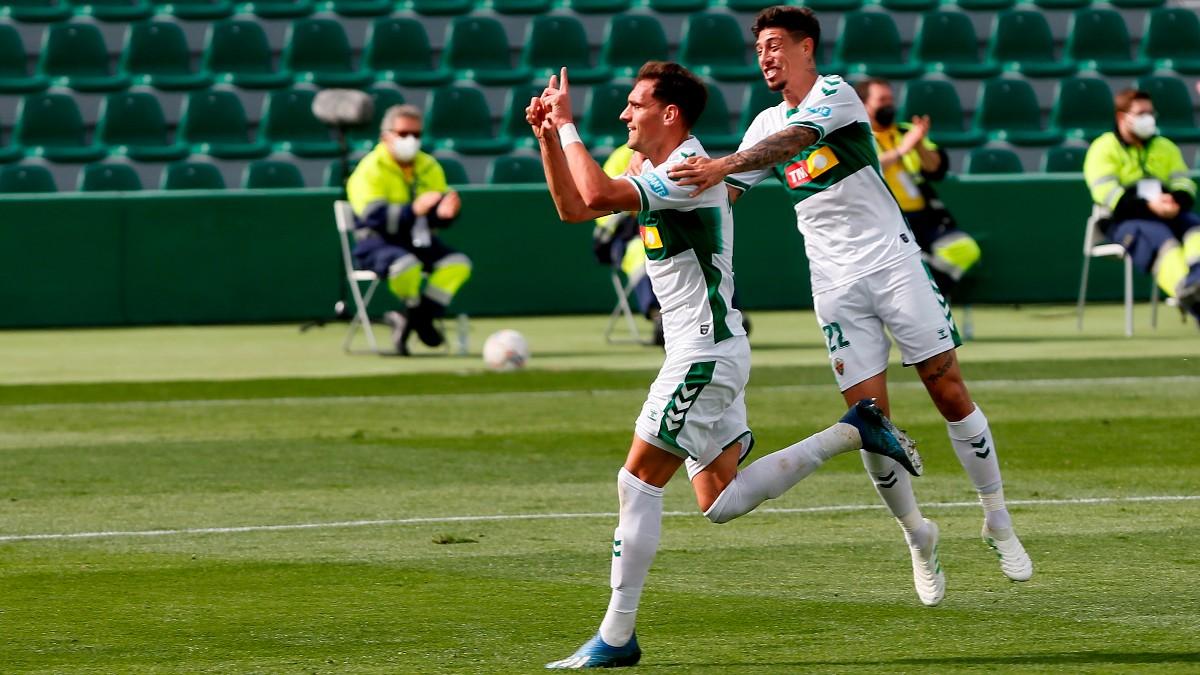 Dani Calvo celebra su gol en el Elche – Eibar. (EFE)
