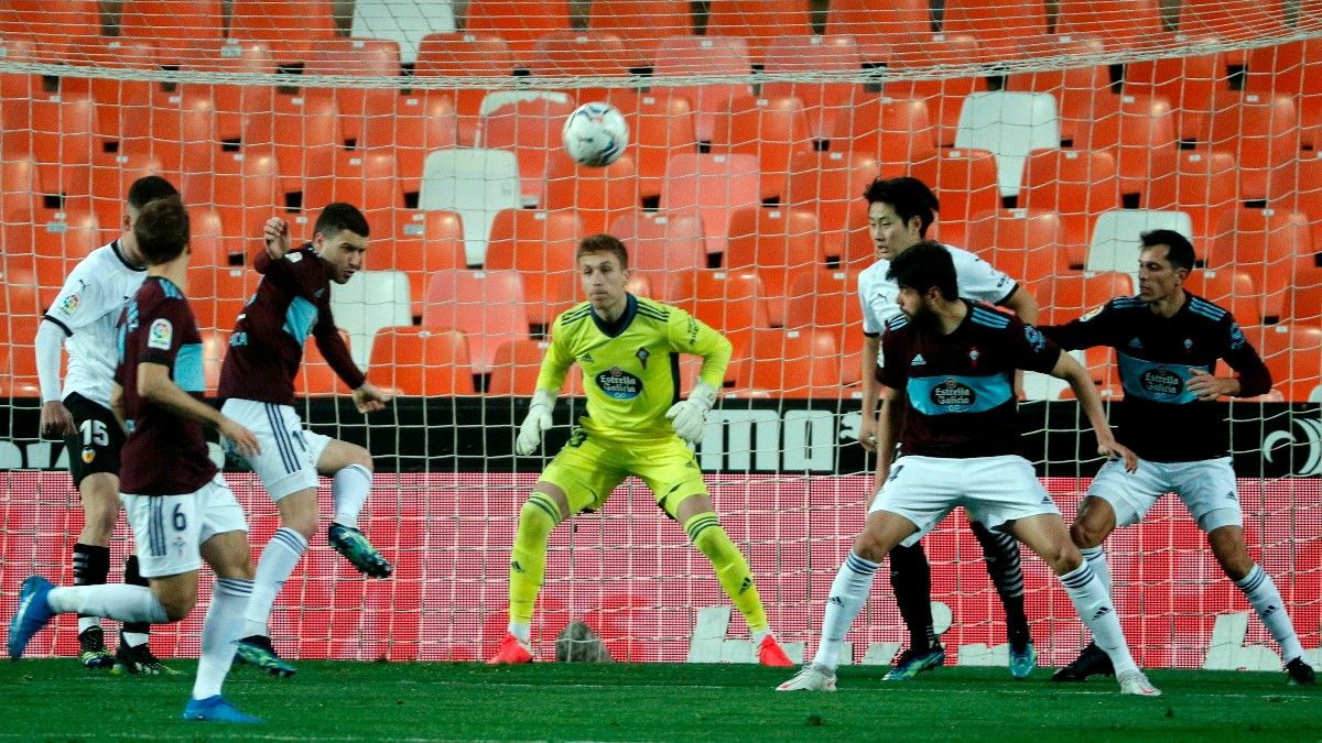 El Valencia ganó 2-0 al Celta con gol de Manu Vallejo. (1-0)