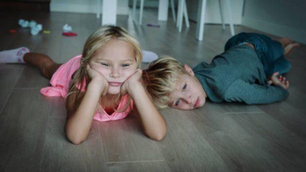 Cómo combatir el aburrimiento de los niños en casa
