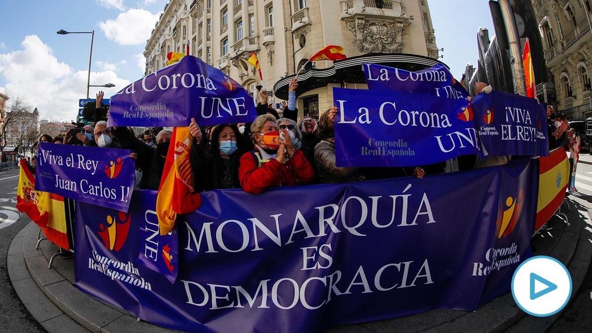 Concordia Real Española, frente al Congreso, en apoyo al Rey Felipe, en el aniversario del 23-F