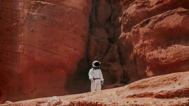 Científicos comprueban que algunos microorganismos terrestres podrían sobrevivir en Marte