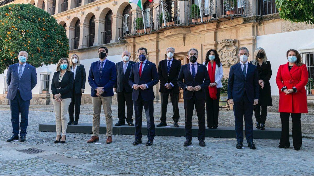 La Junta de Andalucía, en la entrega de medallas.