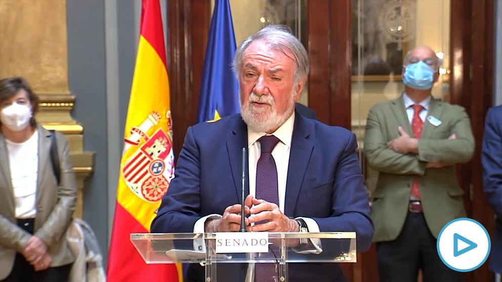 Jaime Mayor Oreja, presidente de la Federación Europea One of Us, en el Senado: «Va a sacar lo peor de muchas familias».