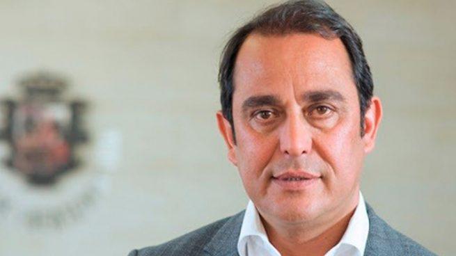 El socialista Blas Acosta dimite como presidente del Cabildo de Fuerteventura acosado por la corrupción