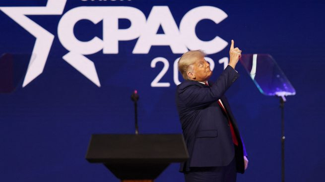 Donald Trump en su regreso al primer plano (Foto: AFP)