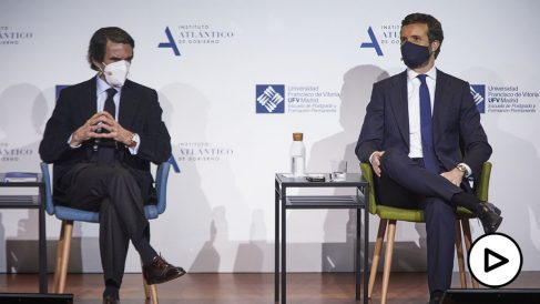 José María Aznar y Pablo Casado, en la Universidad Francisco de Vitoria
