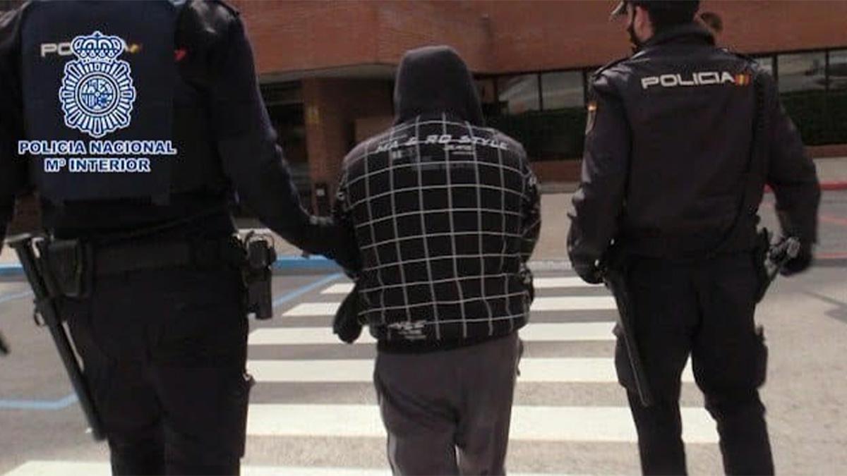 Imagen de archivo de un arresto de la Policía Nacional.