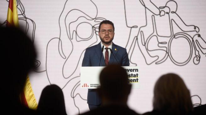 Pere Aragonès, este jueves, durante la conferencia para explicar el gobierno que plantea para Cataluña.