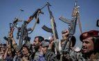 Los hutíes afirman haber alcanzado con un misil instalaciones petroleras de Aramco