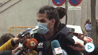 """El diputado de Podemos que pateó a un policía en el Supremo: """"No tengo nada de lo que arrepentirme"""""""